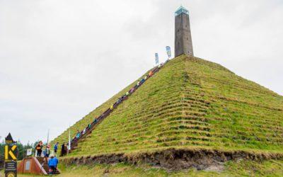 44x de Pyramide van Austerlitz op en neer